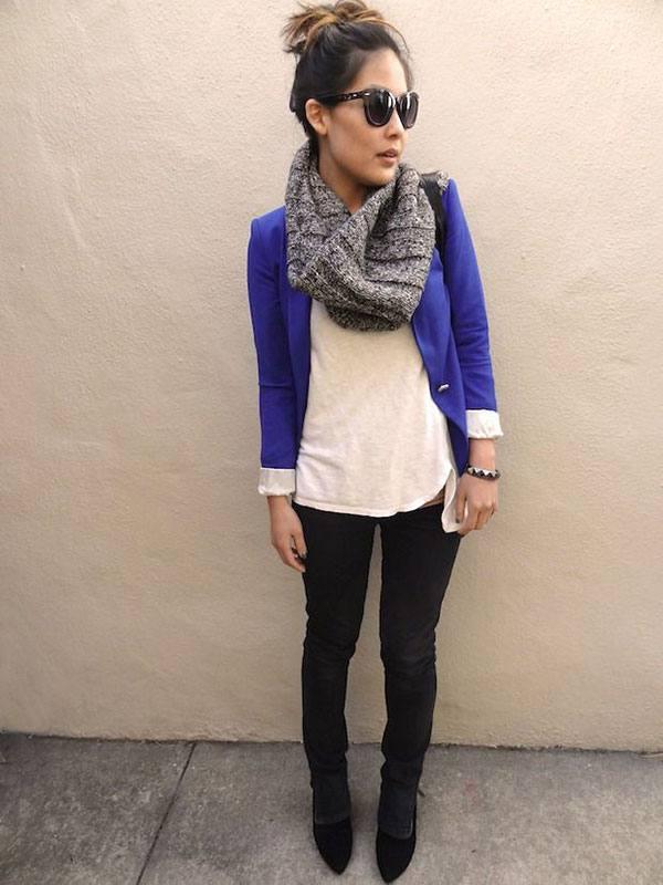 синий модный жакет