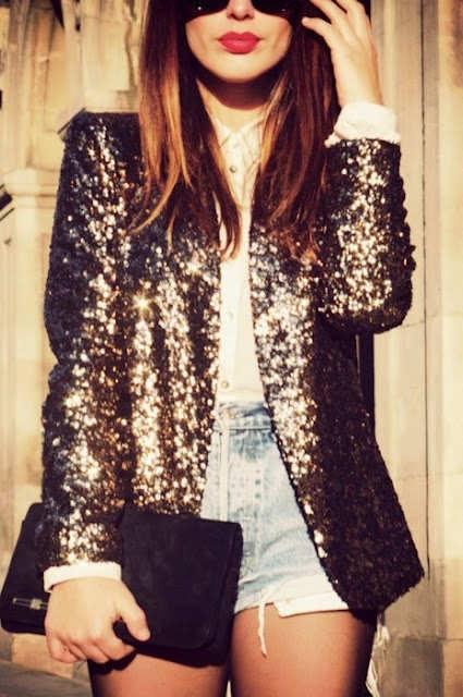 блестящий пиджак в моде