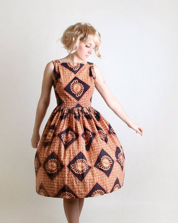 интересное коктейльное платье