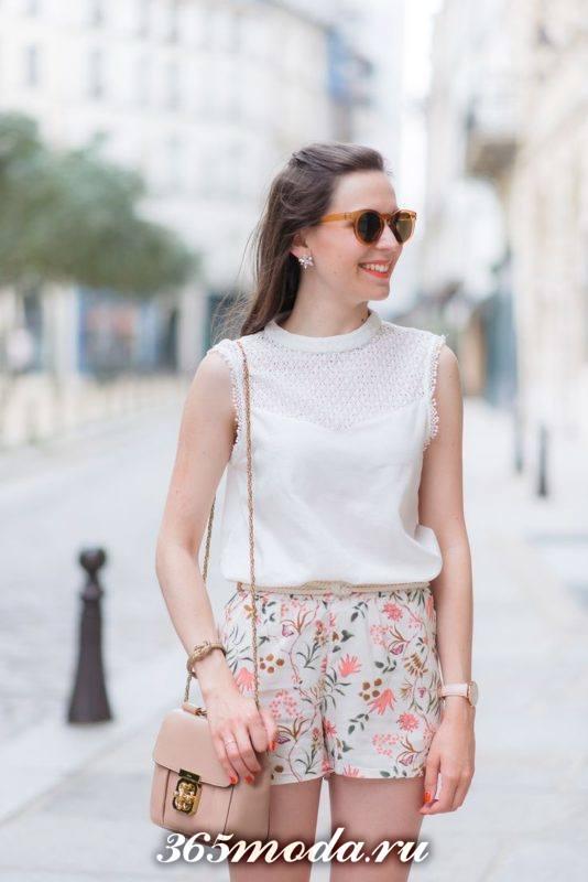 цветочные короткие шорты