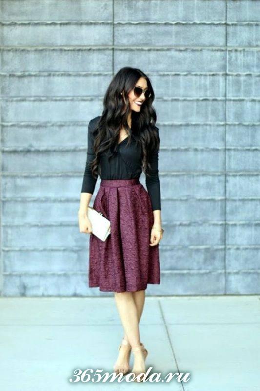 модная фиолетовая юбка