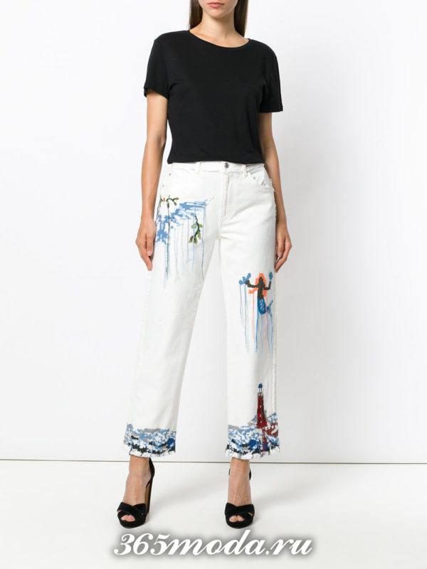 белые джинсы с топом