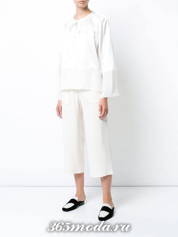 женские белые брюки укороченные