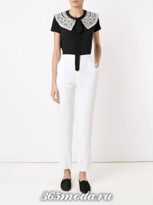 женские белые брюки со слипонами