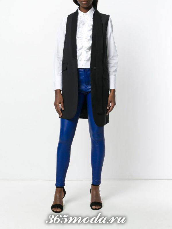 кожаные брюки яркие