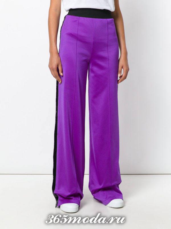 брюки с лампасами фиолетовые