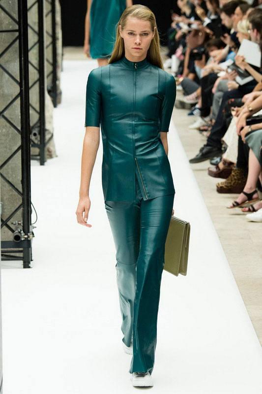 кожаный костюм зеленый