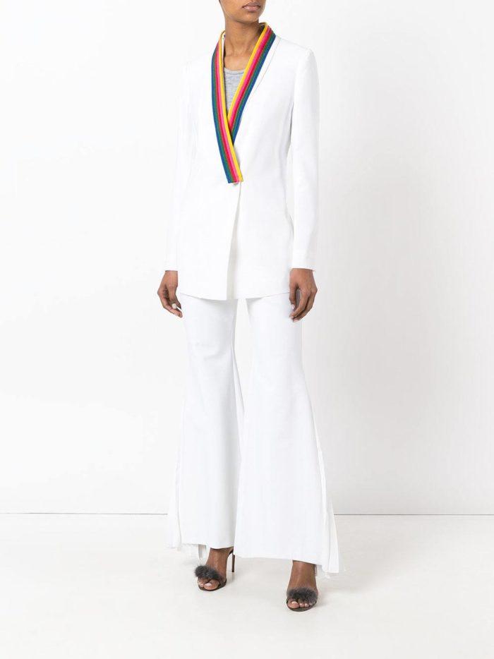 Женские костюмы 2019-2020 года: вечерний белый