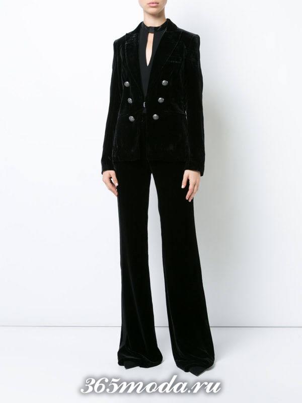 бархатный костюм черный