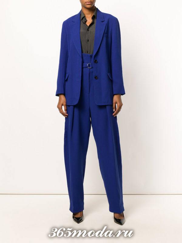 женский костюм синий