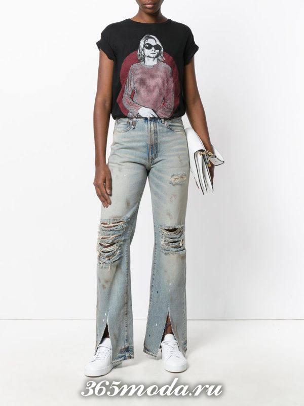 летний лук с рваными джинсами клеш