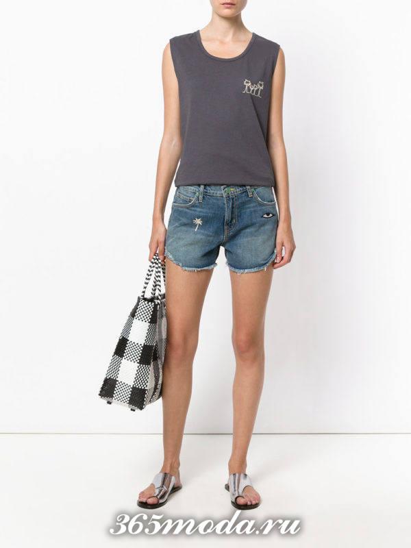 летний лук с короткими джинсовыми шортами