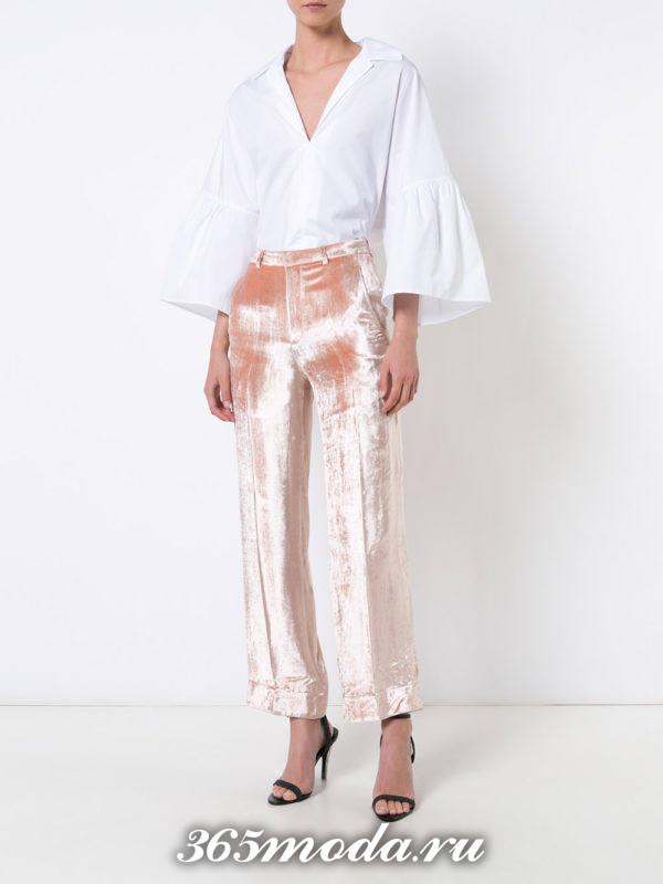 лук с бархатными брюками персикового цвета