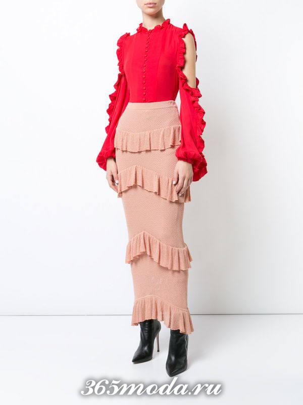 лук с длинной юбкой с рюшами