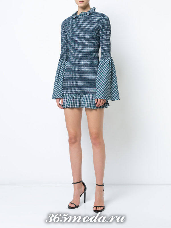 лук с мини платьем