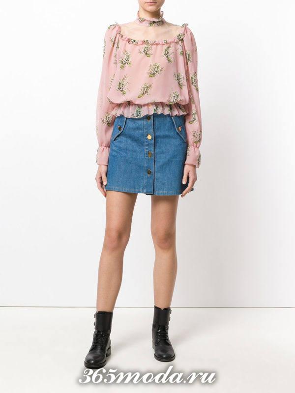 блузка из шифона с баской розовая с принтом