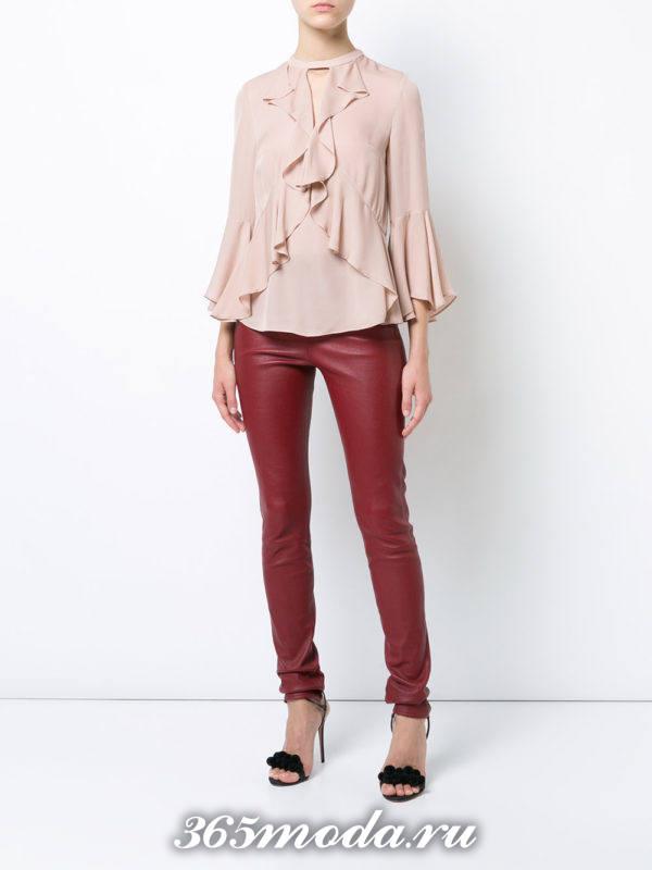 модная нюдовая шифоновая блузка