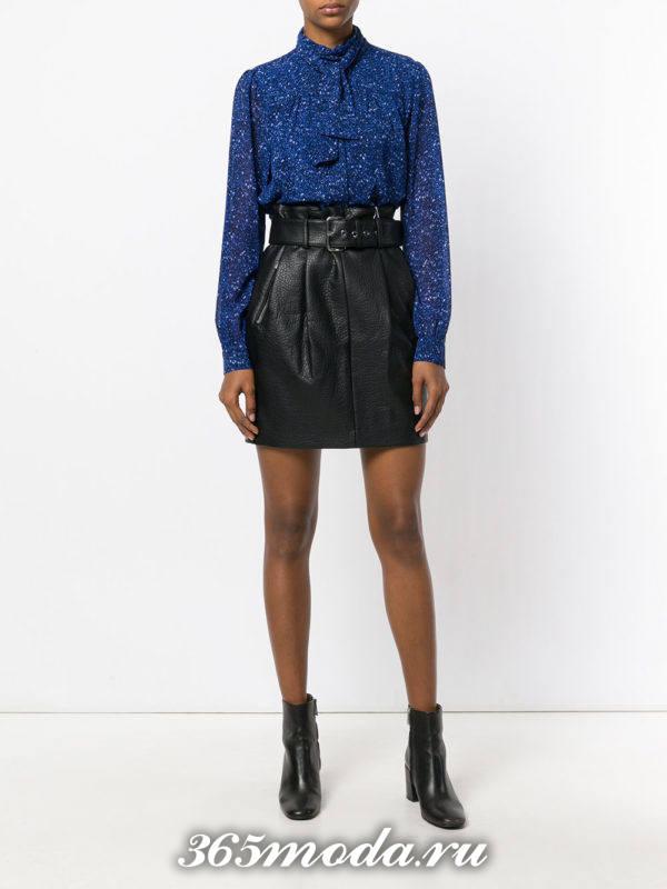 шифоновая блузка с кожаной юбкой