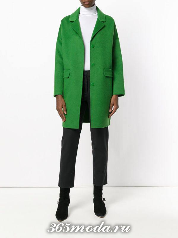 ярко зеленое пальто осень-зима