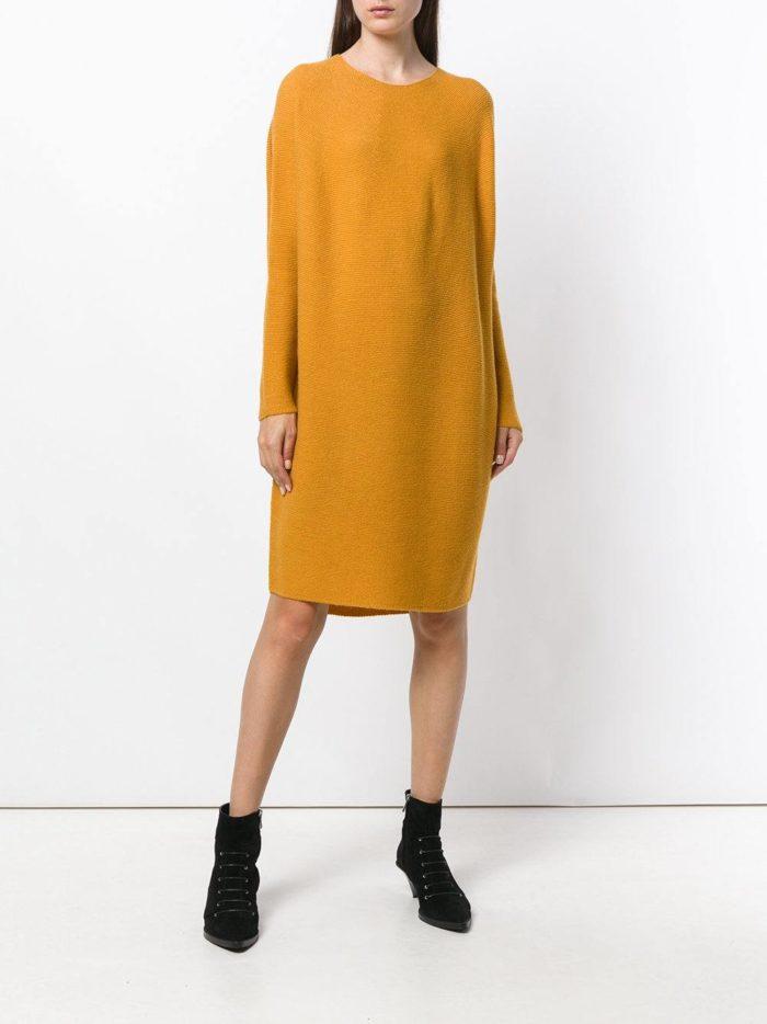 горчичное платье свитер