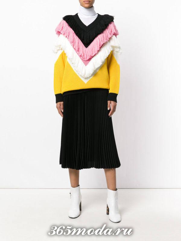 горчичный комбинированный свитер осень-зима