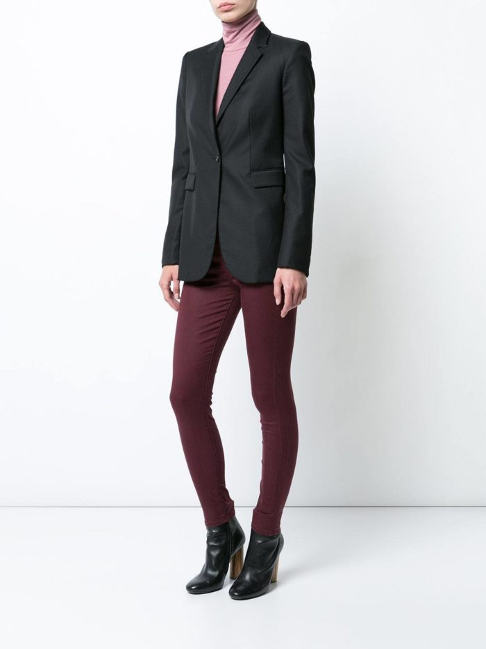 сиреневые брюки скинни