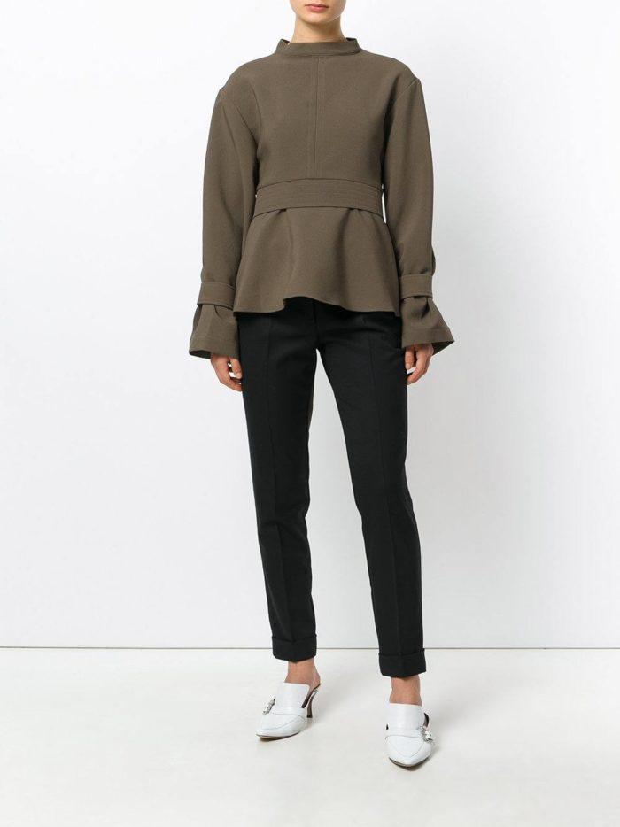 оливковая блуза с баской