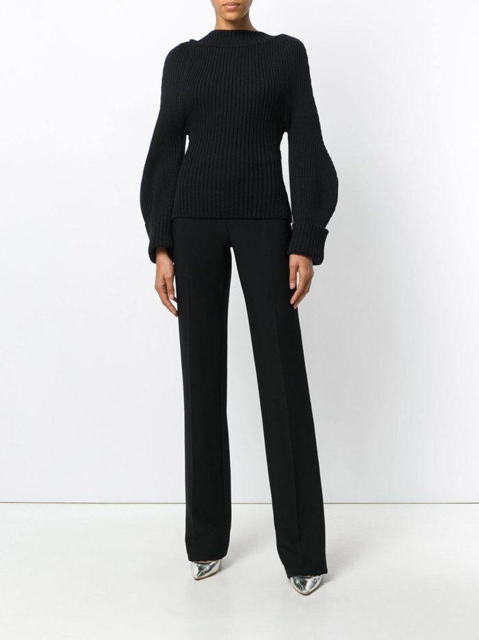 Модные цвета осень-зима 2019-2020:  лук черного цвета