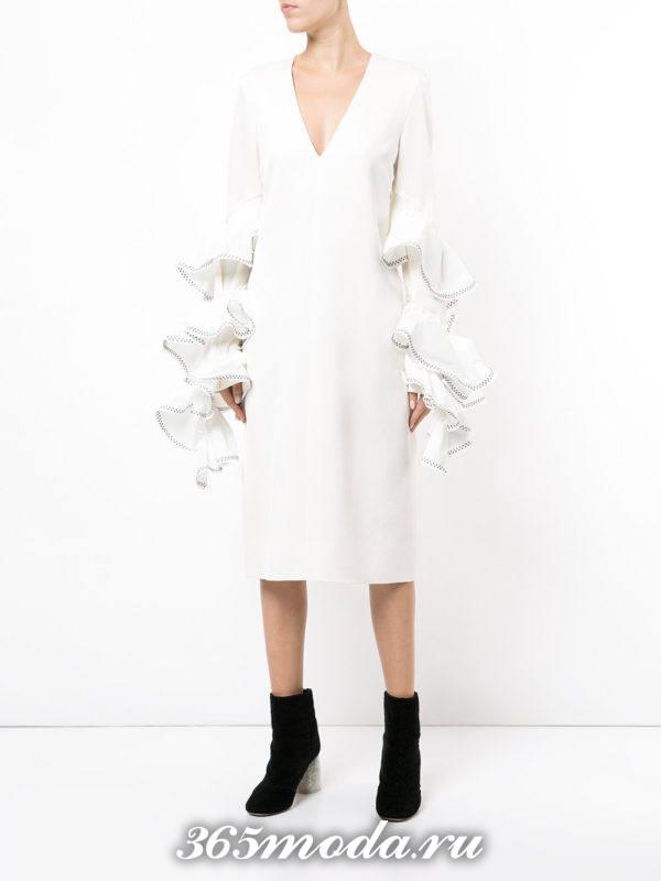 модное белое платье с воланами осень-зима