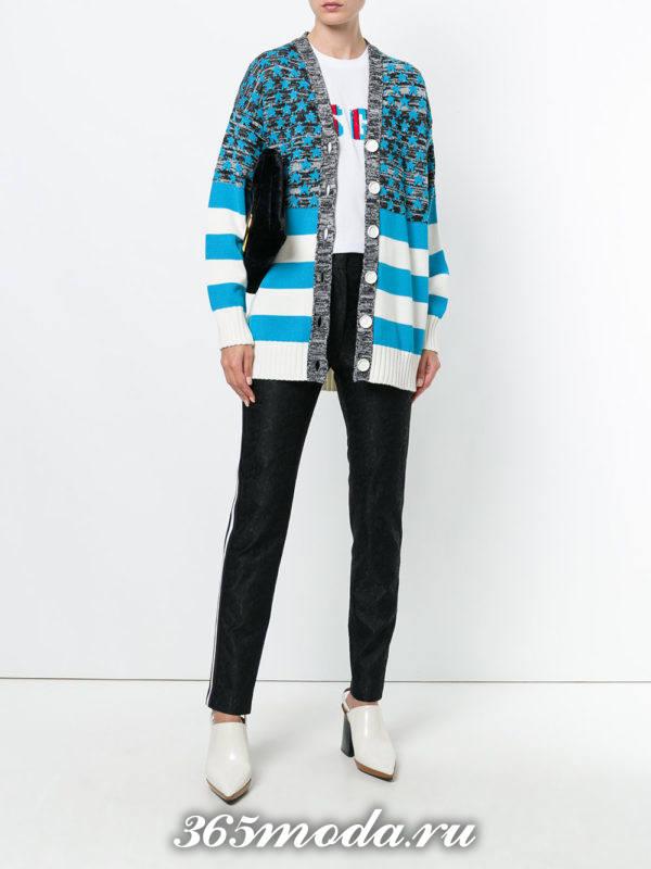 модные кардиганы: на пуговицах с голубыми полосками