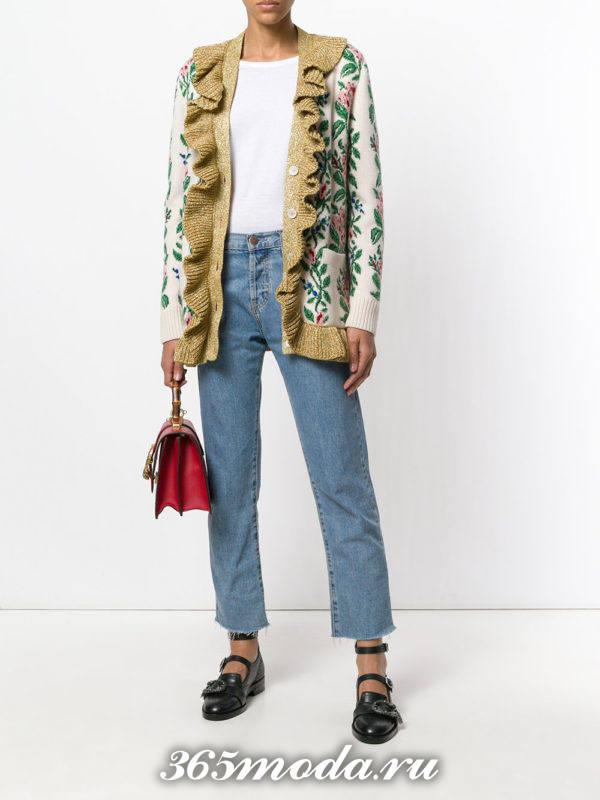 модные кардиганы: на пуговицах с рюшей и принтом
