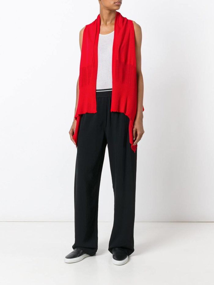 модные кардиганы: жилет красный