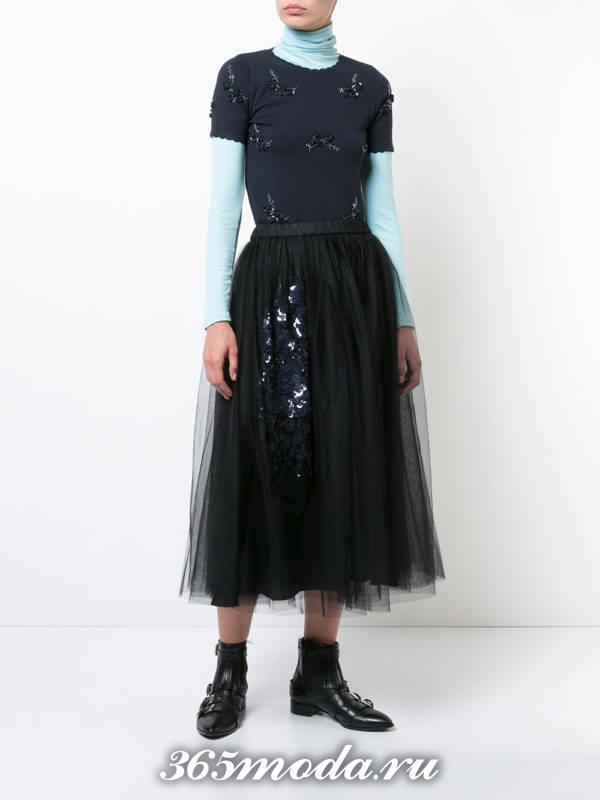 сочетания синего верха с черной юбкой