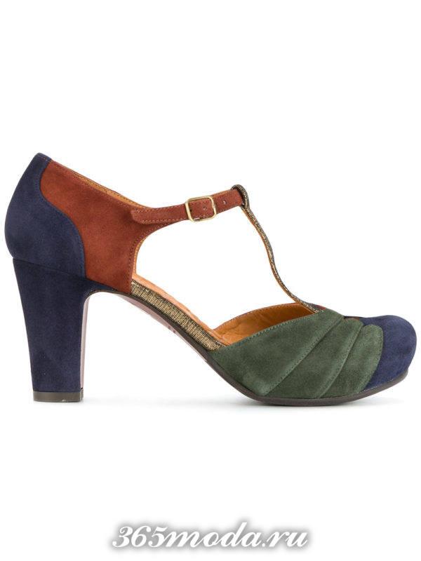 разноцветные туфли на толстом каблуке