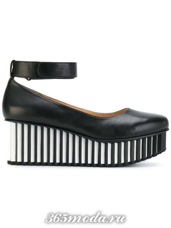 туфли на полосатой платформе