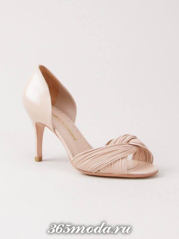 туфли с открытым носком светлые