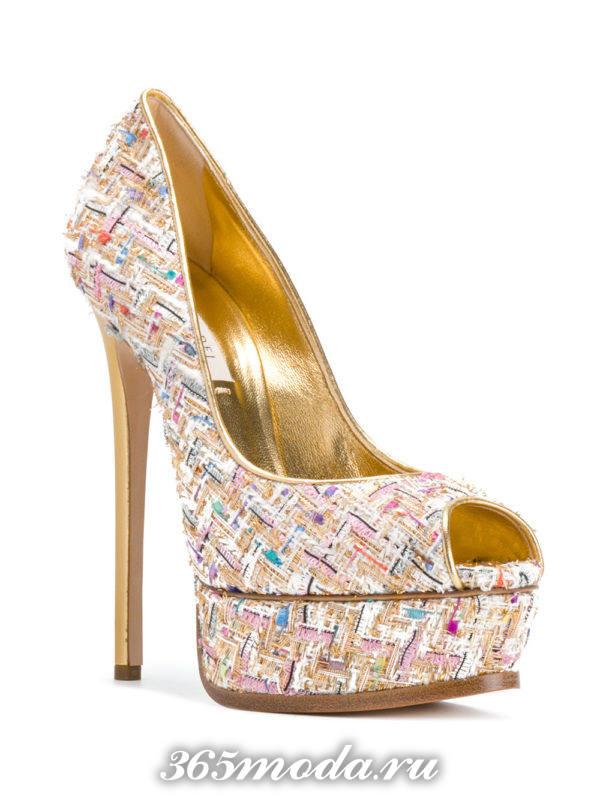 туфли с открытым носком модные