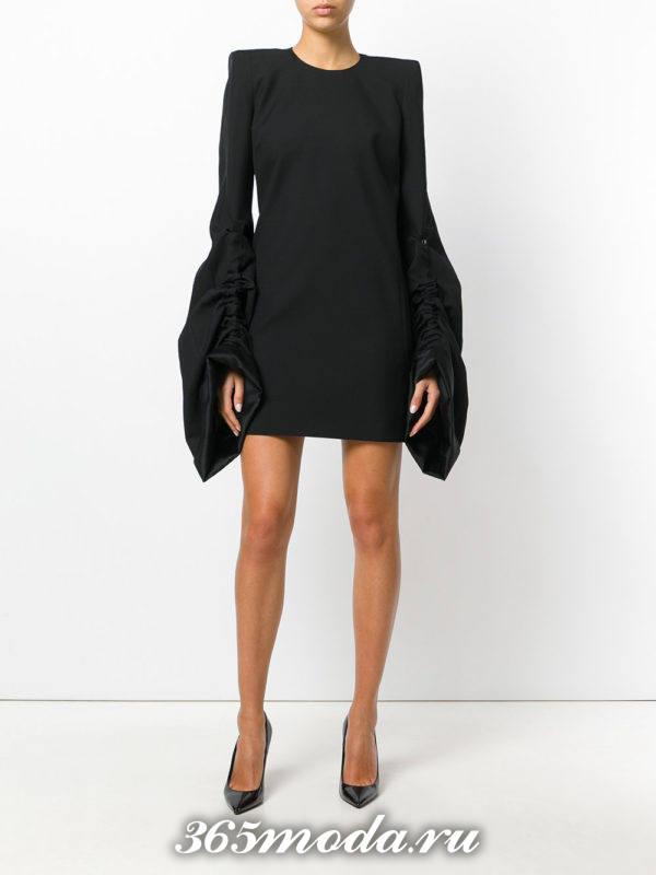выпускное черное короткое платье с рукавами