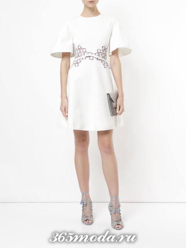 выпускное короткое белое платье с декором