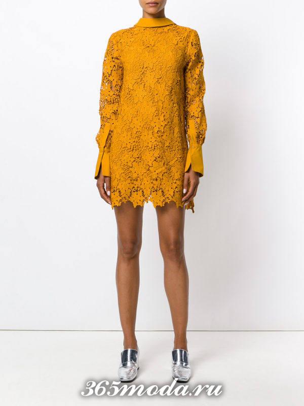выпускное короткое желтое кружевное платье
