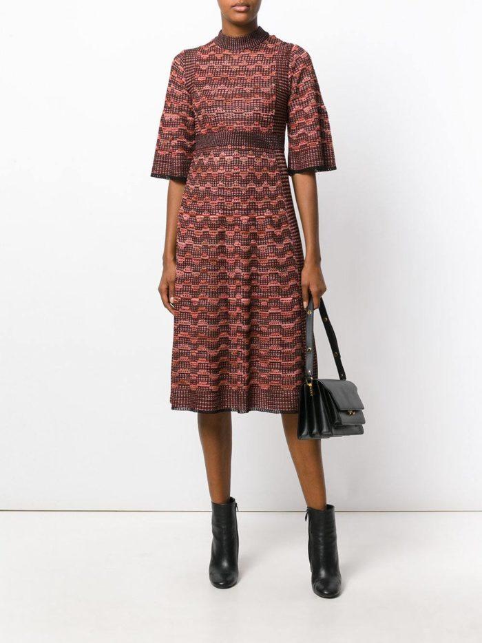 вязаное цветное платье у узором осень-зима