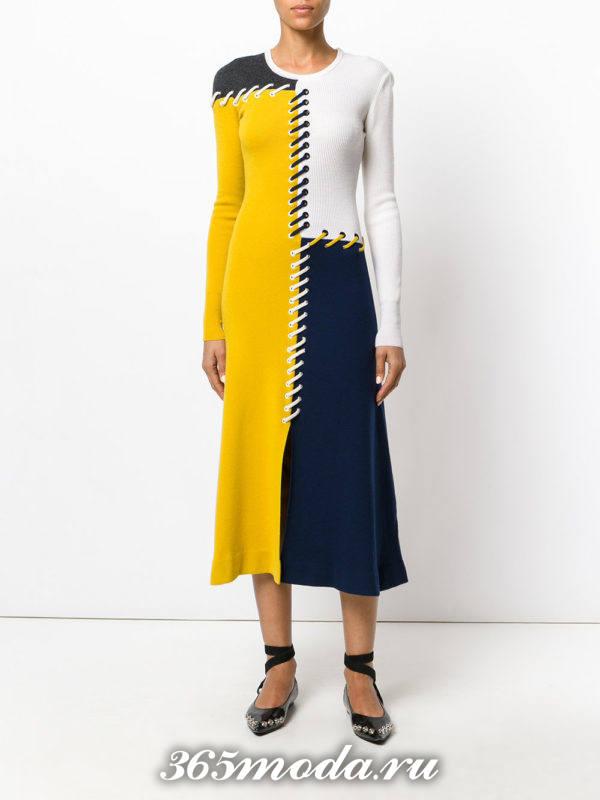 вязаное разноцветное длинное платье осень-зима