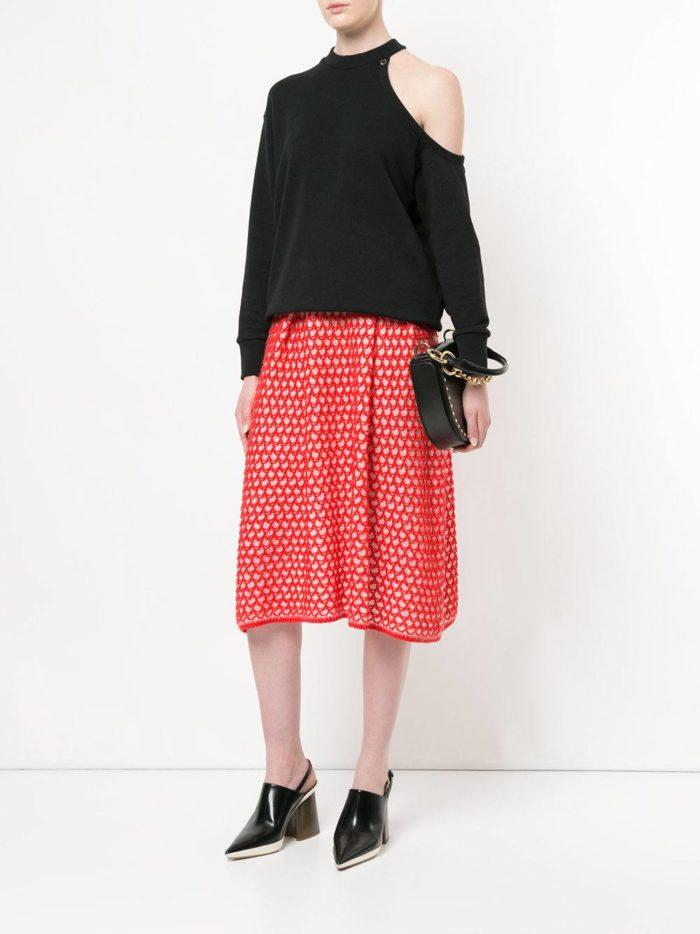 вязаная красная юбка миди осень-зима
