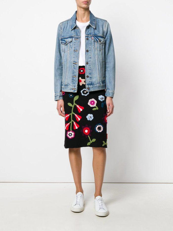 вязаная черная юбка с декором осень-зима