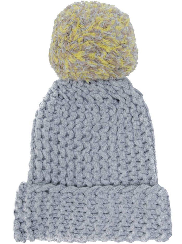 вязаная серая шапка осень-зима