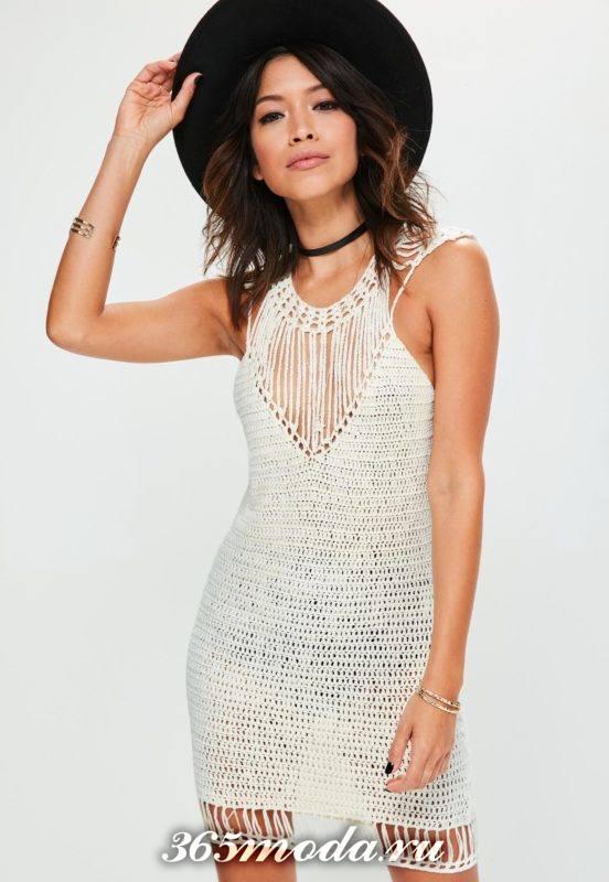 летнее вязаное мини платье крючком