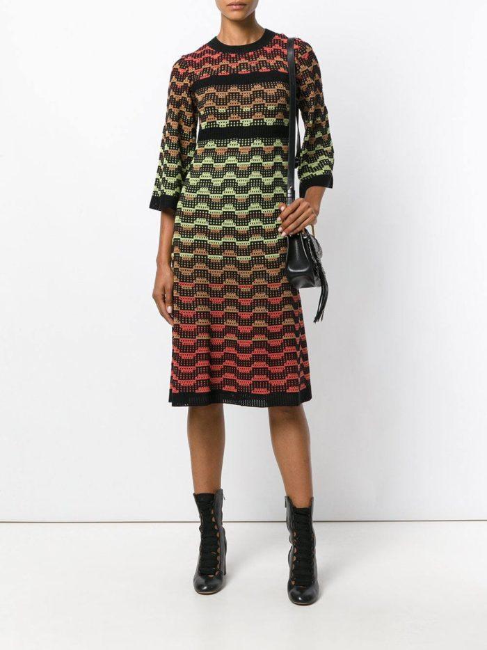 вязаное крючком платье свитер с узором