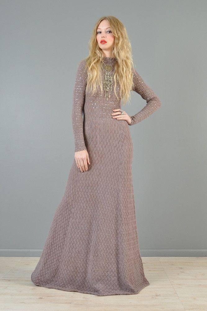 вечернее платье русалка вязаное крючком нюдовое