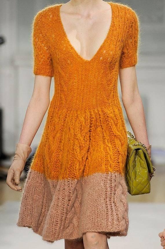 вечернее платье вязаное крючком короткое двухцветное