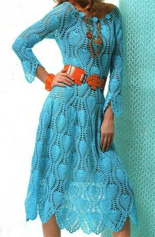 вязаное платье крючком весна осень миди голубое